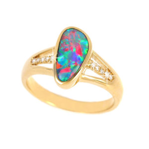 Opal Rings in Gold