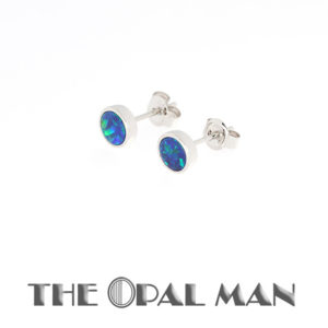 Opal Stud Earrings in 14K Gold